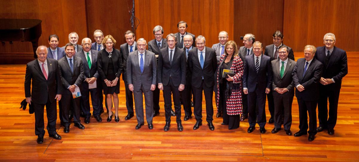 El ministro de Fomento destacó la contribución de los puertos a la cohesión territorial